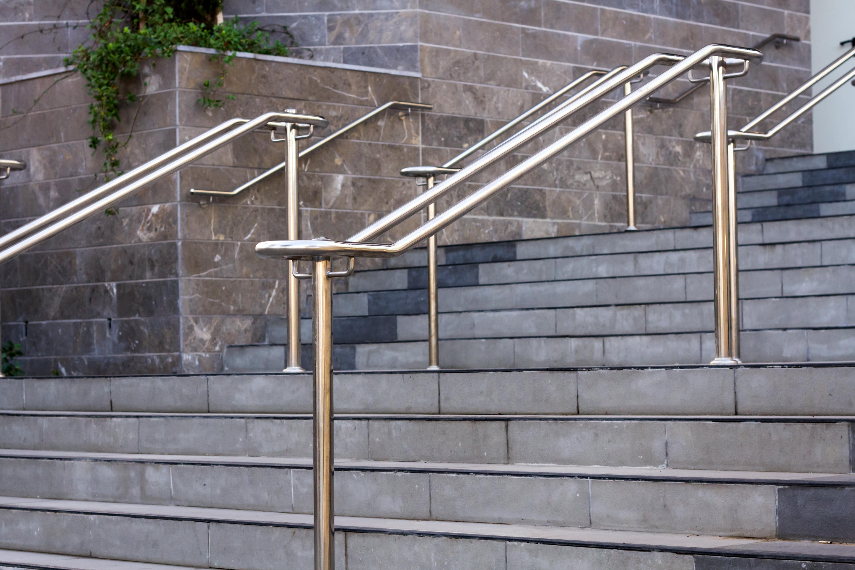 handrail-iapbuilding-solutions